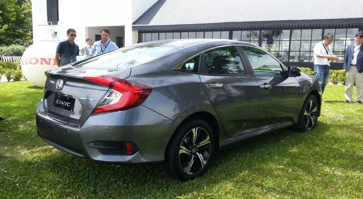 En Argentina: Nuevo Honda Civic | Auto en Acción